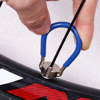 Llave de radios duradera para bicicleta, 1 unidad, llave de 14G, juego de pezones para llanta de rueda, herramienta de reparación, piezas para bicicletas de montaña y carretera