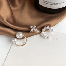 Stud-Earring Irregular-C-Shaped Womne-Accessories Bones-Geometrical Pearl Fashion Cross