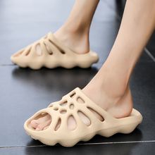 Summer Casual Sandals Men High Platform 2020 New Beach Slippers Breathable Hole Flats Crocse Male Clogs Water Shoes Men Sandals 2020 summer cool rhinestones slippers for male gold black loafers half slippers anti slip men casual shoes flats slippers wolf
