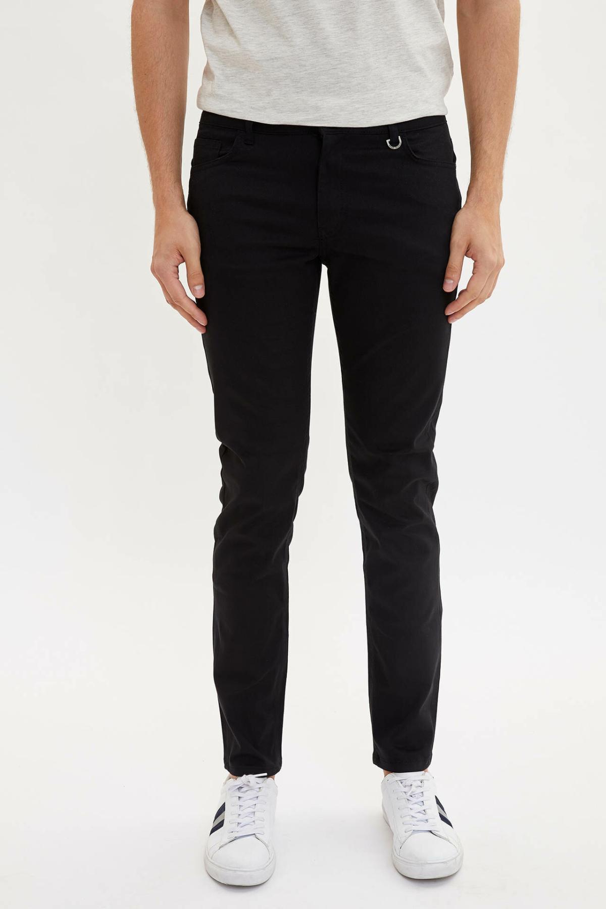 DeFacto Man Trousers-L2493AZ19AU