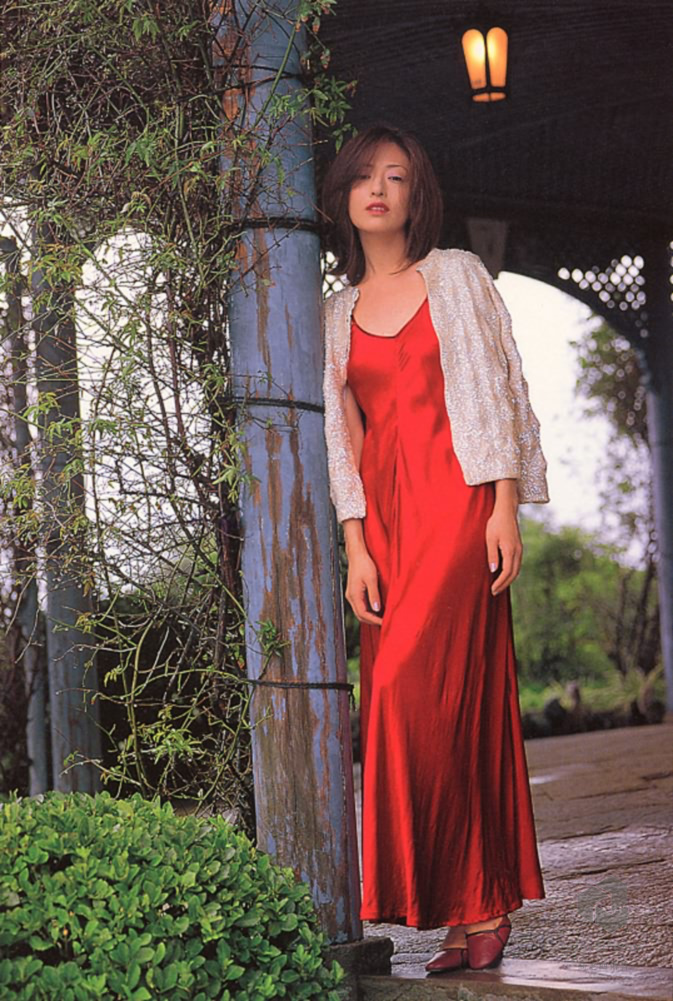 荒木经惟x松雪泰子《九州日和》摄影集分享的图片-高老四博客 第4张
