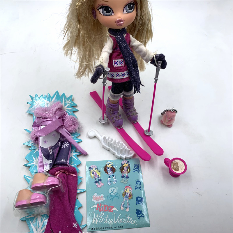 Original Boxed Bratz Doll Winter Season Skiing Dress Up Doll Best Gift For Girl