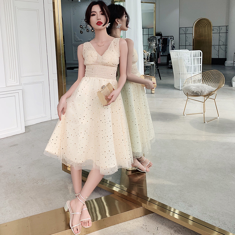 Women 2019 New Tulle Party Cocktail Dress Sexy V-Neck A-Line Spaghetti Strap Casual Champagne Vestido Coctel ES3040