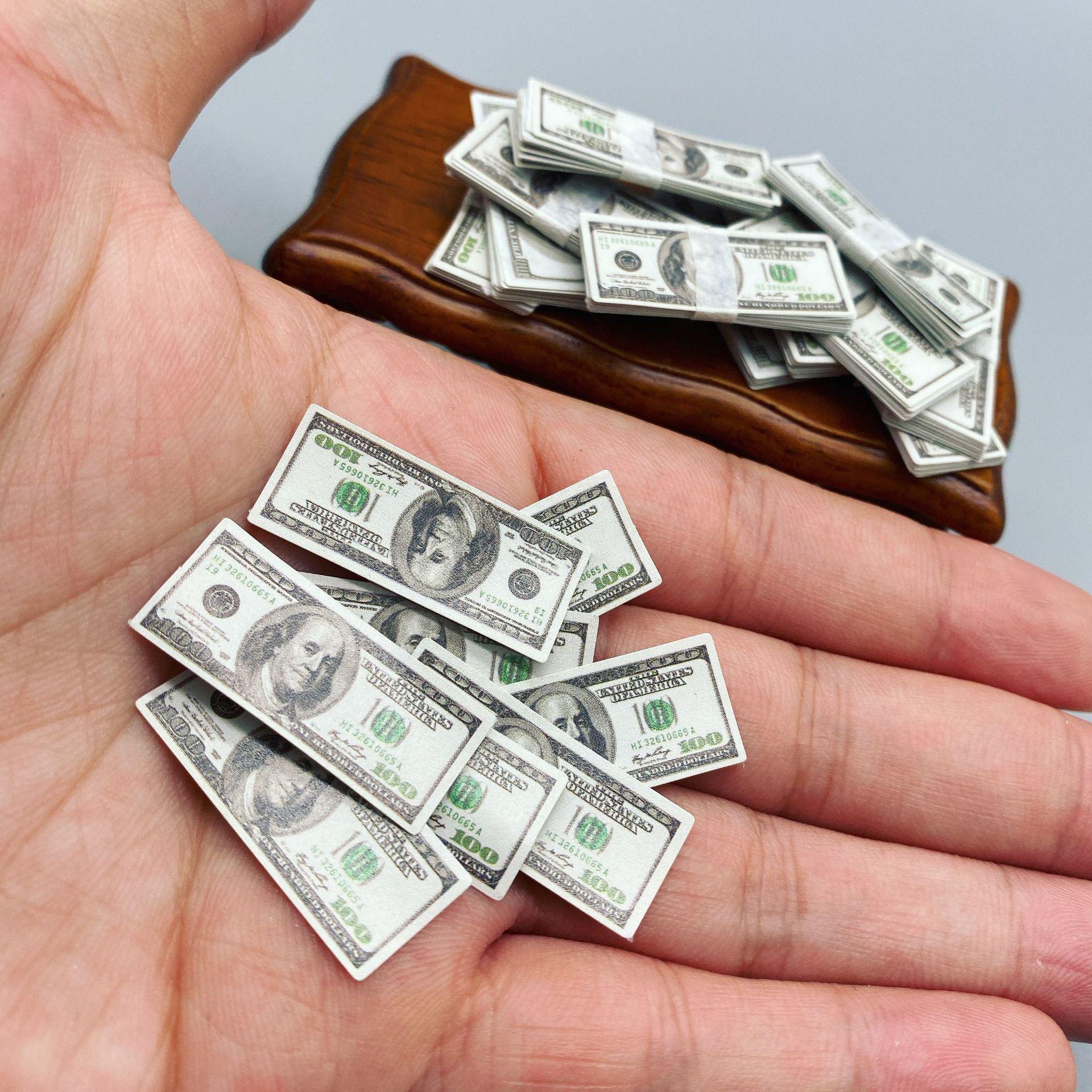 Миниатюрные банкноты 90 шт./компл., 100 доллара, детские игрушки, подарки для кукольного домика 1:12, аксессуары для кукольного домика