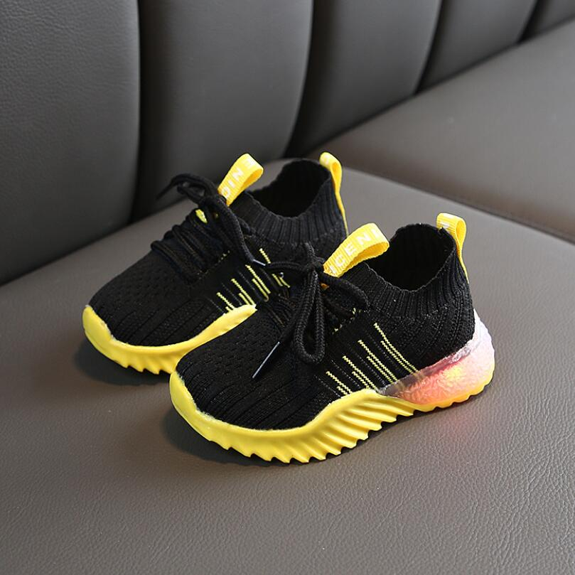 Child Sport Shoes Spring Luminous Fashion Breathable Kids Boys Net Shoes Girls Anti-Slippery Sneakers With Light Running Shoes