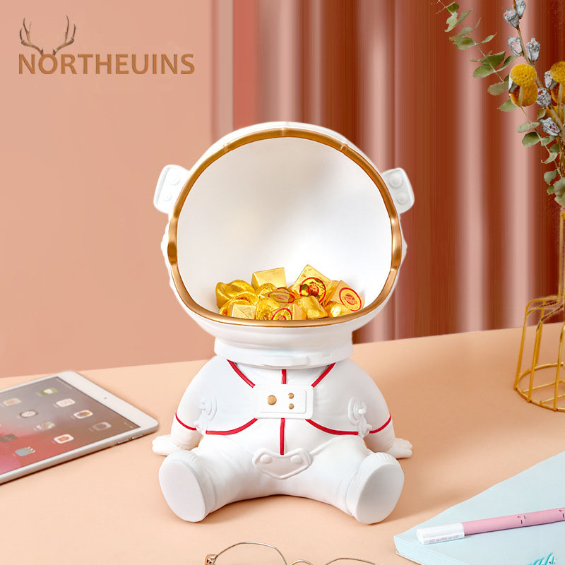 NORTHEUINS Resin Astronaut Tray Figurines Nordic Creative Home Decoration Accessories Snack Key Small Object Storage Interior