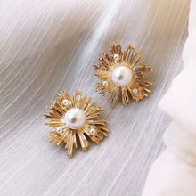 Korean Gold Color Metal Stud Earring for Women Retro Irregular Simulated-Pearl Geometric Statement Earrings Party Jewelry Gift 2020 korean style simulated pearl tassel earrings for women sweet small pearl geometric gold color elegant drop earring jewelry