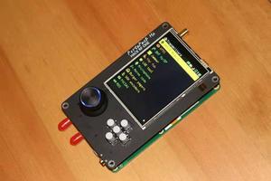 Image 4 - 最新バージョンportapack H2 + hackrf 1 sdrラジオ + 大混乱ファームウェア + 0.5ppm tcxo + 3.2 インチのタッチ液晶 + 1500 3000mahのバッテリー