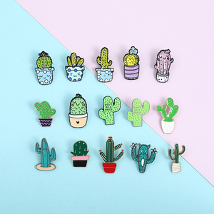 Small and cute accessory set Cartoon plant enamel Pin Colorful cactus chlorophytum potted Brooches Badges Denim lapel Jewelry