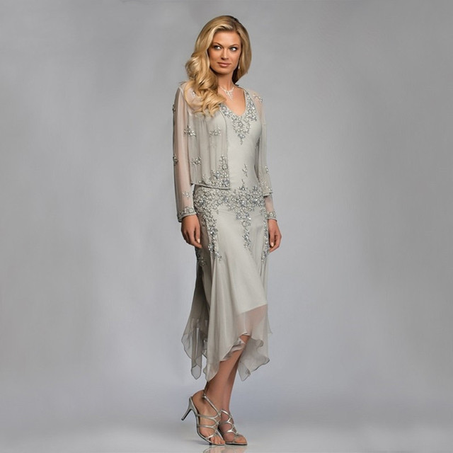 2020 Silver Chiffon Mother of the Bride Groom Dresses with Jackets for Summer Wedding Party Gowns Tea Length Lace Godmother
