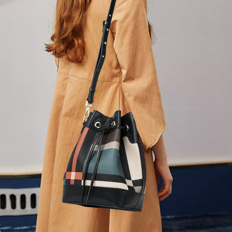 New Women's Leather Cross-Body Bucket Bag Simple Plaid Drawstring Women's Satchel
