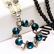 2019 boutique new crystal sweater chain Round wreath winding rhinestone geometric beaded ladies long necklace