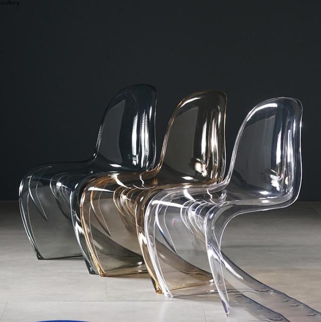 Transparent Modern Chair 2