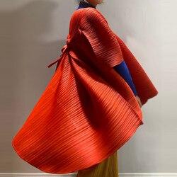 Горячая продажа Miyake складка Половина рукава мода сплошной цвет Свободный плащ в наличии