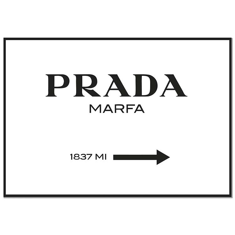 Panorama Poster Stampe da Parete Prada Marfa Bianco - Stampato su Carta 250gr - Quadro Prada Marfa - Poster - Fashion Art - Stampe da Parete Moderne - Decorazione Parete