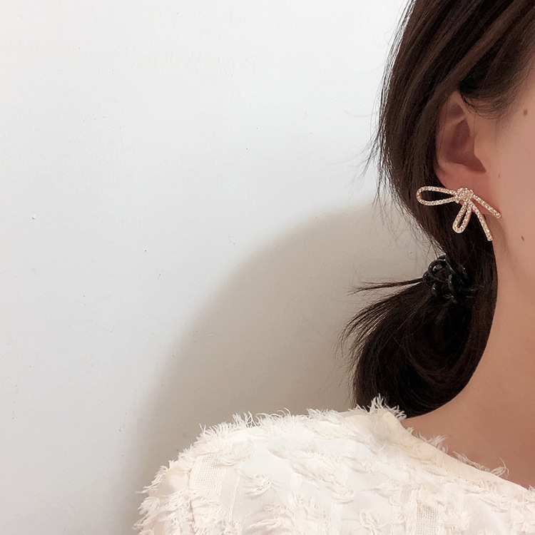 H0126d13bb13248e1830736567b96a1e05 - New Arrival Metal Classic Round Women Dangle Earrings Korean Fashion Circle Geometric Earrings Sweet Small Jewelry