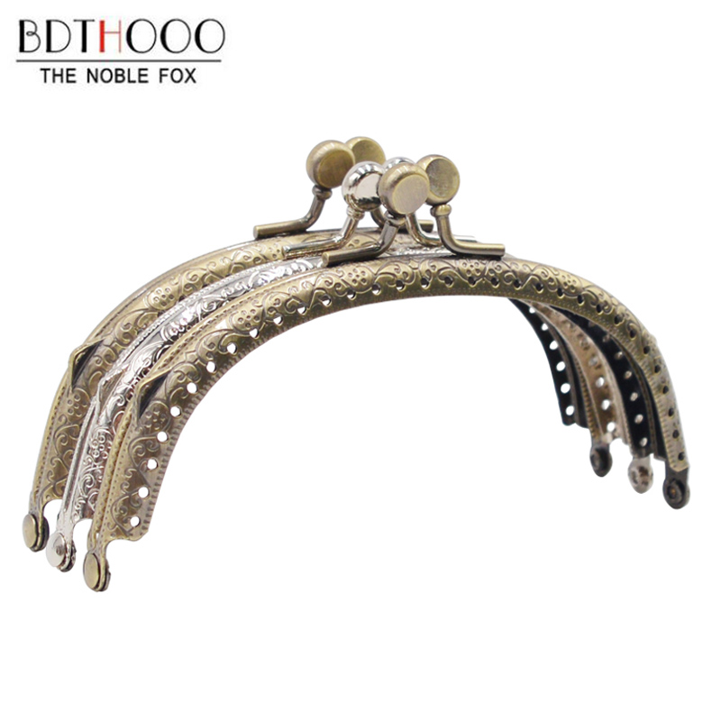 12.5cm Arch Metal Purse Frame Handle For Clutch Bag Handbag Accessories Making Kiss Clasp Lock Antique Bronze Tone Bags Hardware