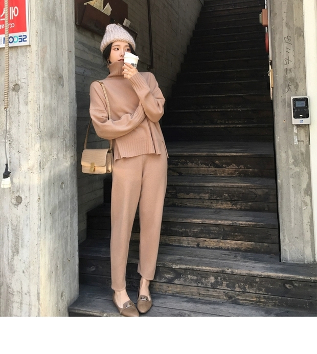 H0129daf35b044c60add16c9bbbd321d4J - Autumn / Winter Turtleneck Sweater and Straight Solid Pants