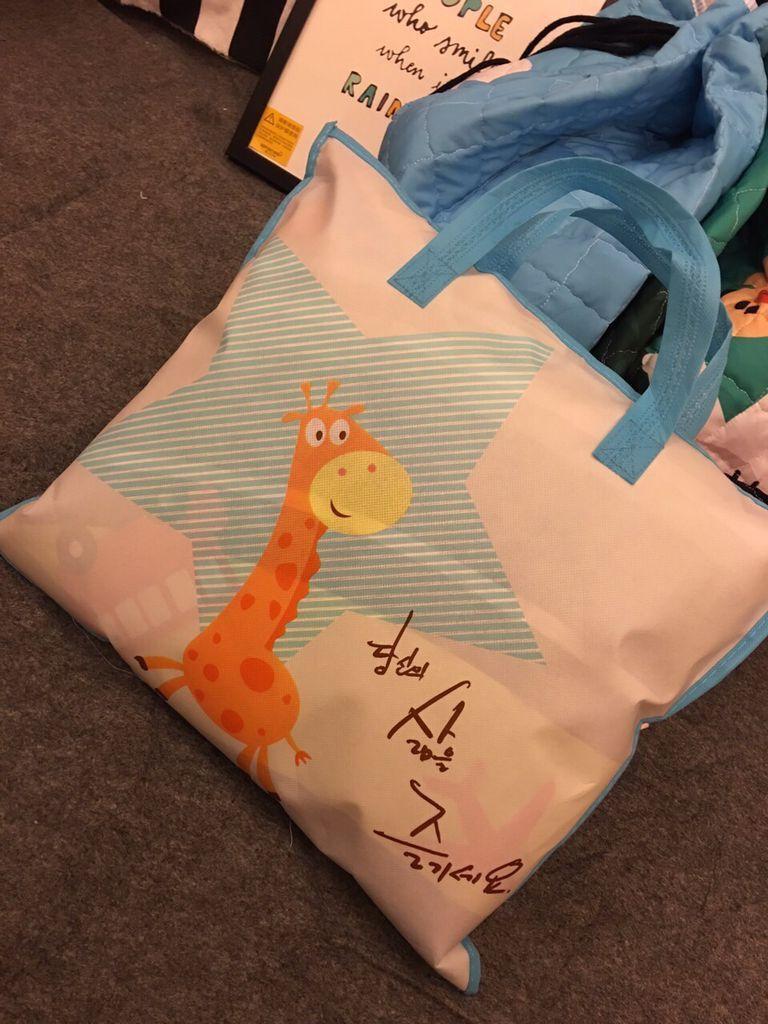 H012e9a553e2e49aa943e67653d48e108R Kid Soft Carpet Rugs Cartoon Animals Fox Baby Play Mats Child Crawling Blanket Carpet Toys Storage Bag Kids Room Decoration
