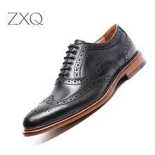 Handmade Men Brogues Genuine Leather Men Dress Shoes Black Carved Bullock Designer Oxford Shoes For Men