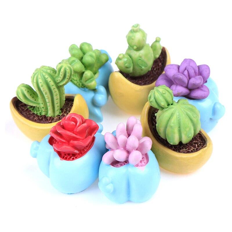 Mini Succulent Plant with Pot 1:12 Scale Doll House Home Decor Accessories