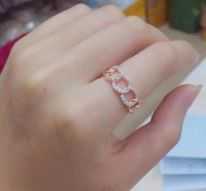 Image 4 - Sljely Fashion Rock Rose Goud Kleur 925 Sterling Zilver Roze Chain Link Finger Ring Micro Pave Zirkoon Vrouwen September Sieraden