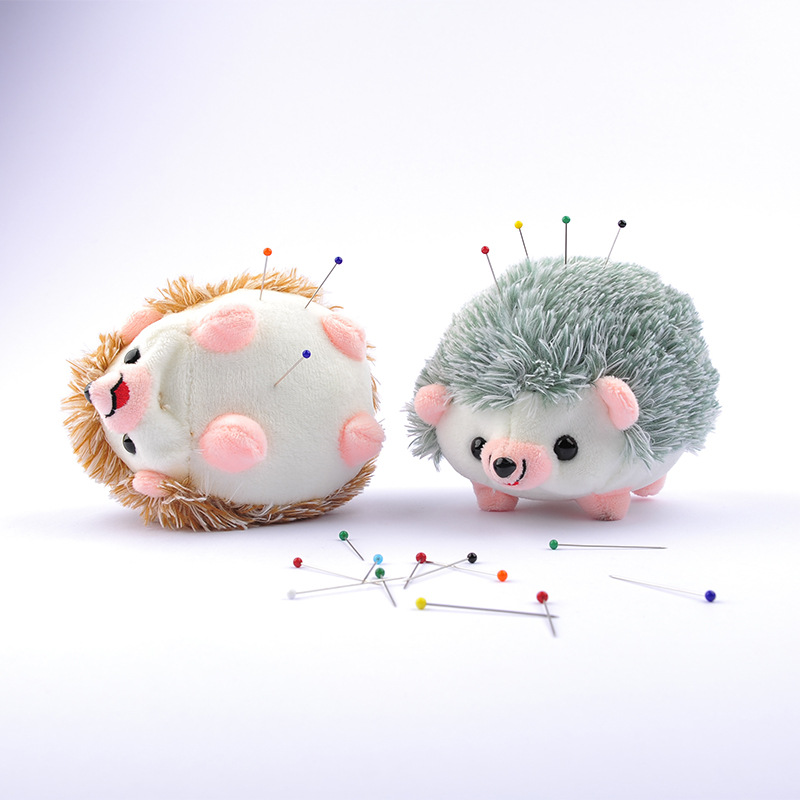 Soft Fabric Quilting Needle Holder with Free Pearl Head Pins Women Sewing Craft Tools Cute Hedgehog Shape Pin Cushion with 12 Colors Sewing Pin
