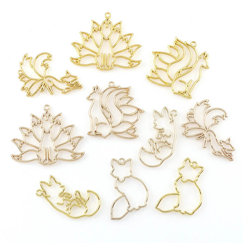4Pcs UV Epoxy Resin Mold For DIY Jewelry Making Gold Fox Wolf Animal Frame Metal Pendant Base Handmade Resin Crafts Accessories