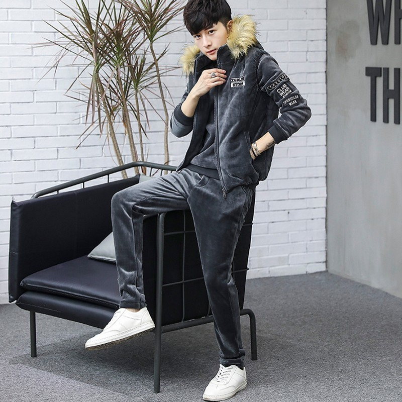 2020 New Mens Sportswear Fashion Sports Suit Autumn Winter Warm Casual Pullover Sweatshirt Hooded Vest Pants Three Piece Set