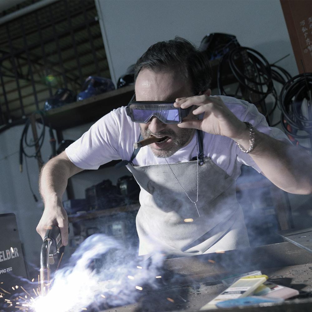 Tools : YESWELDER True Color Welding Glasses Solar Powered Auto Darkening Welding Goggles 2 Sensors Welding Mask for TIG MIG MMA Plasma