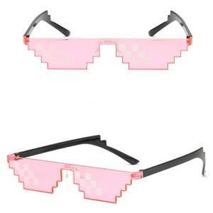 Image 5 - TTLIFE מצחיק משקפיים גברים Thug Life משקפי שמש פסיפס גברי 8 ביטים סגנון פיקסל מגוחך אבזר שחור מצולעים Oculos