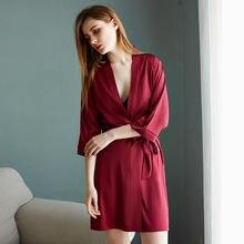 Новые шелковые халаты женские пижамы ночные сорочки свадебные
