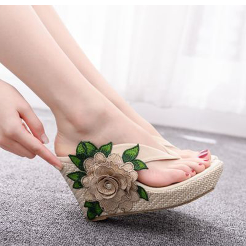 Ladies Flower Flip Flops Women Fashion Slippers Wedges Shoes Female Women's Comfortable Square Heels 2020 New Style Plus Size