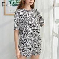 Пижама с лиственным принтом Цена 760 руб. ($9.79) | 93 заказа Посмотреть