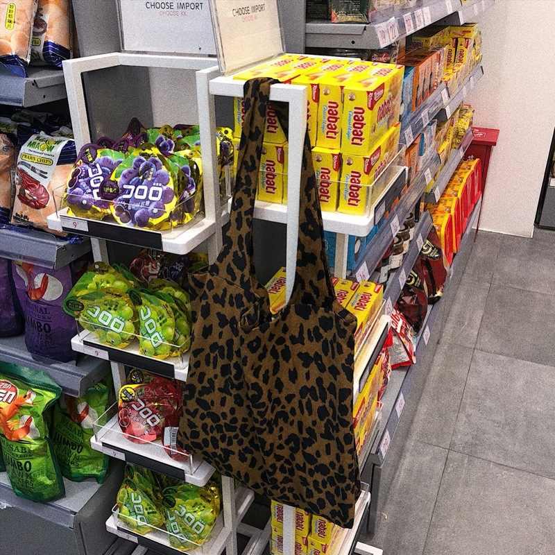 2019 Grote capaciteit Luipaard Draagtas Corduroy Schouder vrouwen Tas Boodschappentas Dames Casual Doek Strand Shopper Eco Tas bolsas