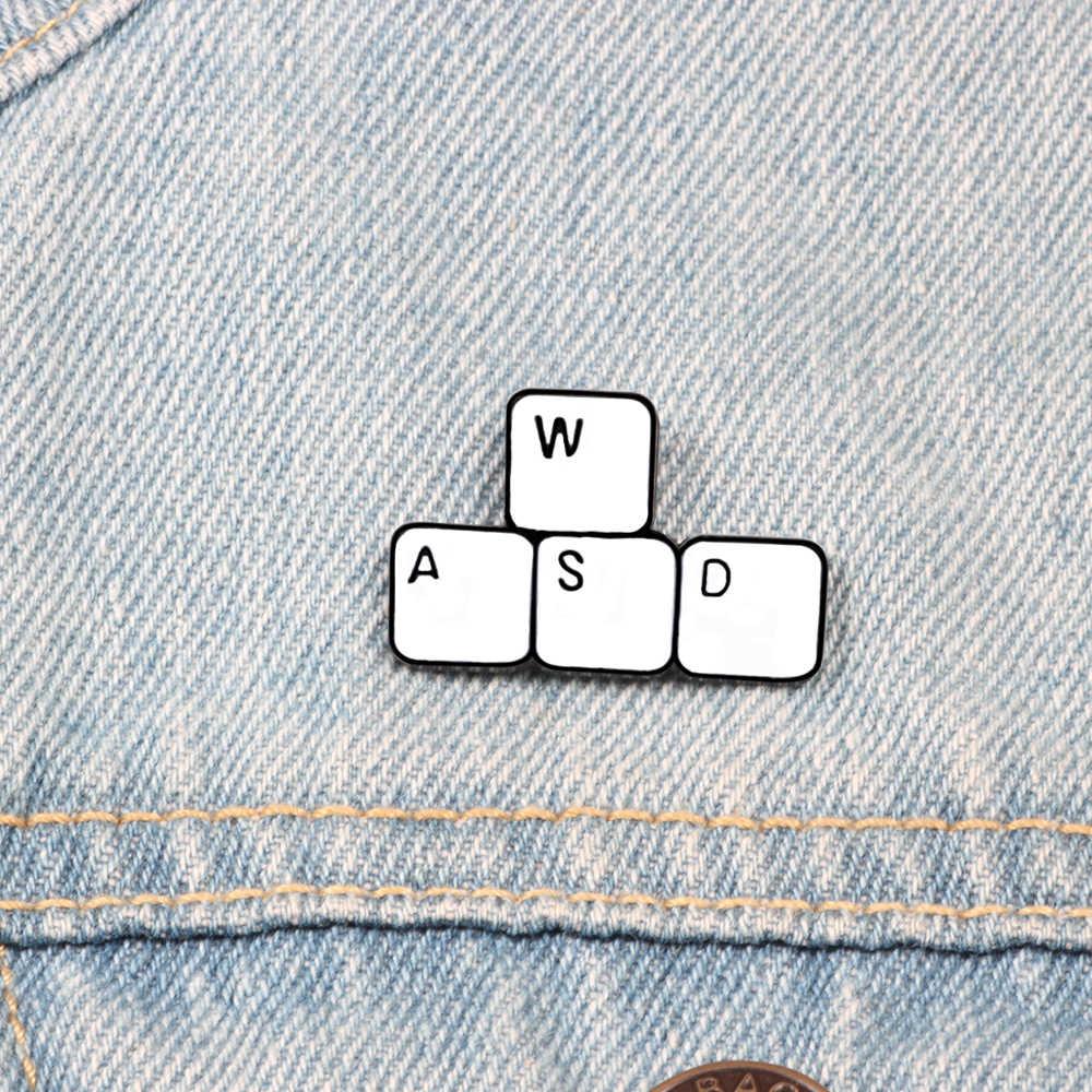 Minimalis Label Pin Pekerja Bros Film Papan Keyboard Komputer Pointer Enamel Ransel Pin Pria Wanita Perhiasan Lencana Hadiah