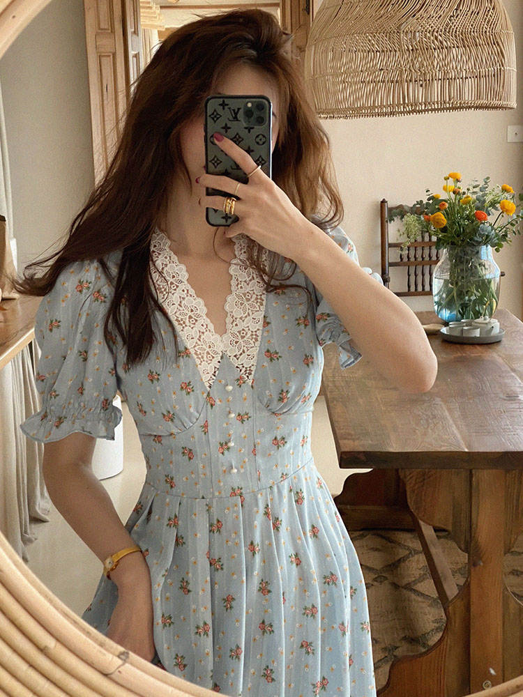 Vintage Floral Dress Women Elegant Lace Chiffon Korean Party Dress Puff Sleeve V Neck