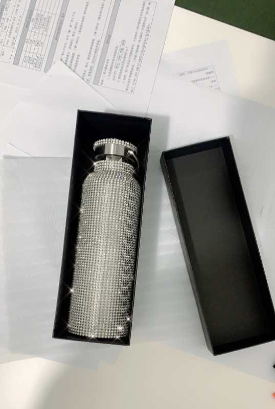 sparkling High-end Insulated Bottle Bling Rhinestone Stainless Steel Thermal Bottle Diamond Thermo Silver Water Bottle with Lid