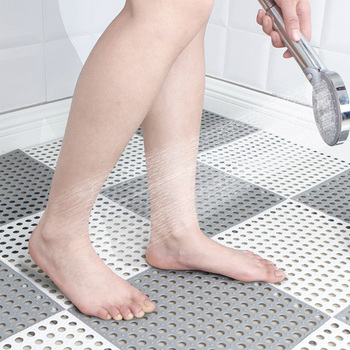 Square Shaped Non Slip Bath Mats and Shower Mats with Hole Design Made with PVC Material