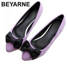 BEYARNEDriving 신발 가방 여성 브랜드 플랫 신발 신사 숙녀 moccasins 검정과 보라색 활 플러스 크기 파티에 대한 새로운 도착 슬립