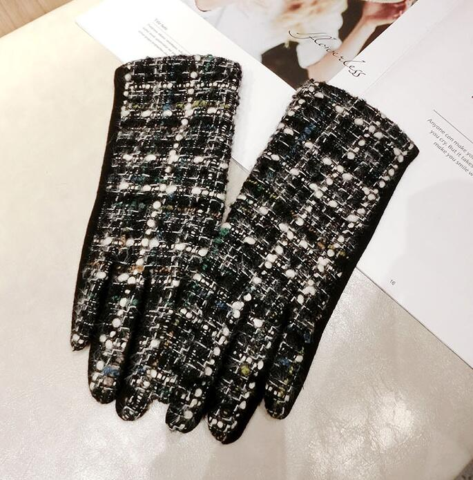 Women's Autumn Winter Thicken Warm Plaid Woolen Gloves Lady's Touch Screen Vintage Checked Glove Winter Driving Glove R2271