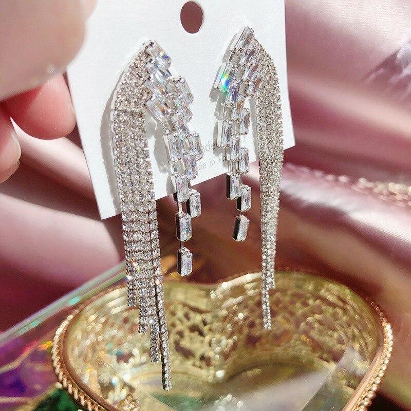 Korean TV Star Luxury Rhinestone Symmetric Wing Tassel Long Drop Earrings For Women Fashion Pendientes Mujer Moda