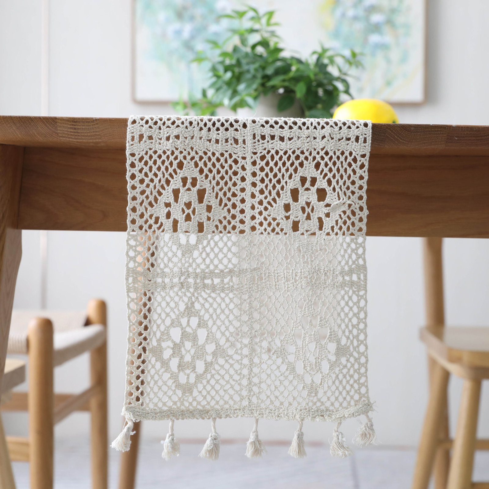 1pcs Lurxury Crochet Lace Embroidered Floral Table Runner With Tassel For Birthday Wedding Christmas Festival Home Party Supply