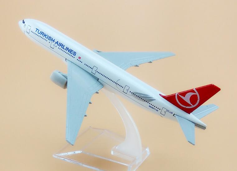 plane model Boeing 777 Turkey Airlines aircraft B777-300 16CM Metal simulation airplane model for kids toys Christmas gift image