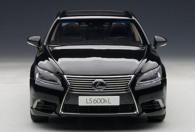1//43 Scale Original Manufacturer Lexus LS600HL Diecast Model Car Gift Collection
