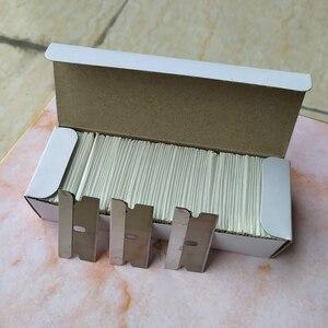 Image 3 - CNGZSY 100 stücke Metall Klingen Sicherheit Rasiermesser Schaber Kleber Messer Glas Reiniger Ersatz Carbon Stahl Klinge Auto Tönung Werkzeuge E13