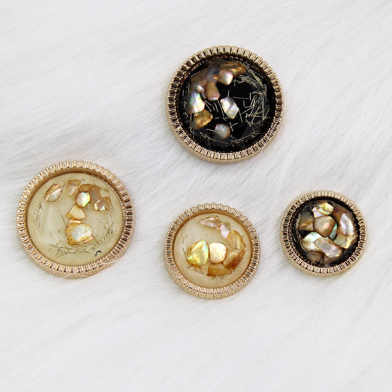 2 adet/grup Metal ve boncuk düğmesi giyim kazak ceket dekorasyon takım elbise düz düğme aksesuarları DIY giyim X-003