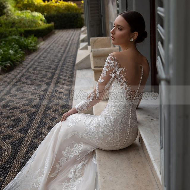 Elegant Embroidery Lace Bridal Dresses Sexy V-neck Long Sleeve Sweep Train Mermaid Wedding Dresses with Crystal 6