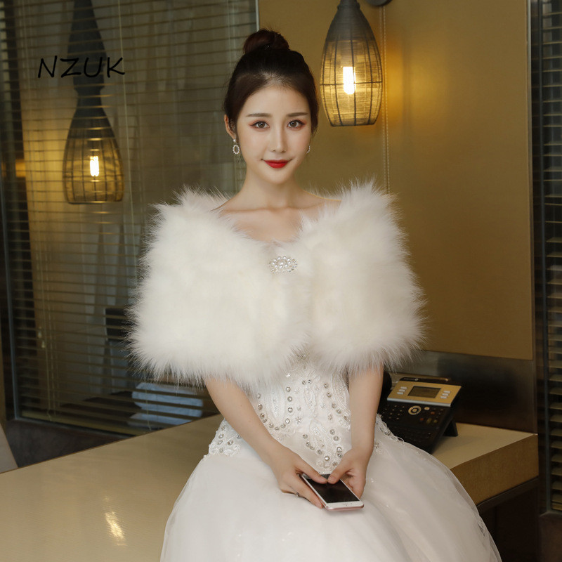 Bridal Wedding Jacket Plush Faux Fur Ivory Cape Wrap Shrug Bolero White Shawls Bridal Accessories PJ084