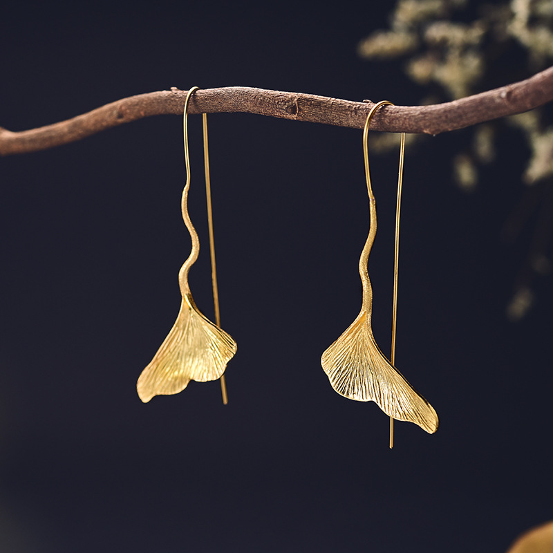 Ramos Stylish And Elegant Gold Ginkgo Leaf Drop Earrings For Women Statement Simple Geometric Earrings Party Jewelry